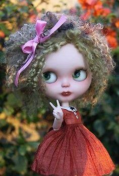 Custom OOAK Da Kawaii Dolls SBL Blythe Art Doll Mia plus Ribbon Dress