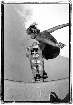pool riding - Image by Glen E. Friedman