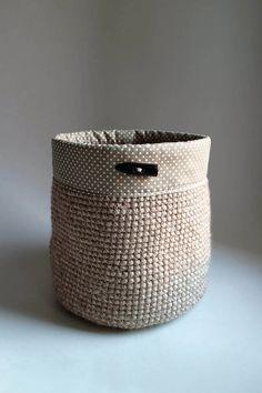 Cappuccino strakatá | obšitý gombík – MAXI Plant Holders, Make It Yourself, How To Make, Handmade, Baskets, Hampers, Hand Made, Craft, Basket