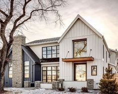 Have to start deciding on the house color from the cement plank siding collection. What are your thoughts on a two tone color… Have to start deciding on the house color from the cement plank siding collection. What are your thoughts on a two tone color… Modern Farmhouse Exterior, Farmhouse Design, Farmhouse Style Homes, Modern Style Homes, Modern Farmhouse Style, Urban Farmhouse, Industrial Farmhouse, Farmhouse Ideas, Dream House Exterior