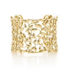 Bracciale rigido Olive Leaf Paloma Picasso® in oro 18k, medio. | Tiffany & Co.