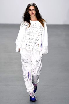 Pin for Later: Ashish Spring 2016 Was the Glacé Cherry on Top of the London Fashion Week Cake Ashish Spring/Summer 2016 Catwalk Hair, London Fashion Week Mens, Spring Summer 2016, White Sweaters, Ss16, White Jeans, Peplum Dress, Fashion Trends, Tops