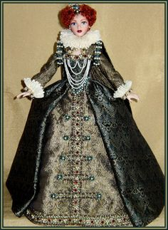 Carmela's Doll Collection, Queen Elizabeth Doll