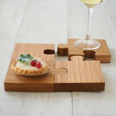 Chunky Jigsaw Coasters And Trivet - placemats & coasters Woodworking Jigsaw, Woodworking Projects, Teds Woodworking, Sous Bock, Best Jigsaw, Wooden Coasters, Coaster Furniture, Wooden Puzzles, Wooden Crafts