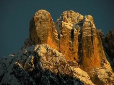 Monte Civetta - Dolomites, province of Belluno, Veneto, Northern Italy Italian Lifestyle, Northern Italy, Science And Nature, Alps, The Great Outdoors, Trekking, Places, Skiing, Landscapes