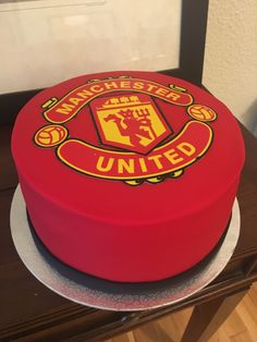Manchester united cake manchester united birthday cake with name Manchester United Birthday Cake, Manchester United Gifts, Paul Pogba Manchester United, David Beckham Manchester United, Manchester United Old Trafford, Liverpool Vs Manchester United, Birthday Cake Girls, Birthday Msgs, Birthday Cakes
