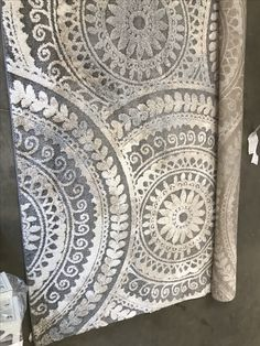 Home Decorators Collection Spiral Medallion Gray 9 Ft X