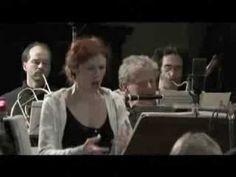 Patricia Petibon -  Air de la Reine de la Nuit MOZART, amoureuses, deuts... Enchante, Mozart, Groupes, Classical Music, The Voice, Music Videos, Songs, Shit Happens, My Love