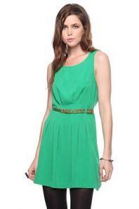 Wear Green!!  Saint Patrick's Day Ideas!!  www.LuvandiDo.wordpress.com