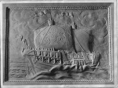 Кораблик барельеф