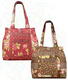 Great mid size purse. Slide pockets on outside, inside pockets for pins, phone, by Quilts Illistrated, Penny