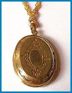Victorian Locket Pendant w Gold Metal Chain & 2 Photo Slots Fleur Di lis Motif
