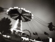 © Franz Hubmann, ca. Flying swing at Prater, Vienna Otto Steinert, Vintage Photography, Inspiring Photography, Become A Photographer, Vienna, Black And White, Inspiration, Blog, Black White