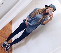 Skater style is the best on We Heart It Boyish Outfits, Tomboy Outfits, Tomboy Fashion, Look Fashion, Teen Fashion, Fall Outfits, Casual Outfits, Cute Outfits, Fashion Outfits