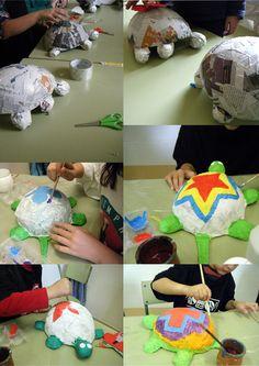 Making the crazy papier mache heads Paper Mache Crafts For Kids, Paper Mache Projects, Paper Crafts, Hobbies And Crafts, Arts And Crafts, Paper Mache Animals, Sculpture Lessons, Paper Mache Sculpture, Creation Deco