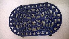 Vintage French Country Kitchen Style Dark Blue Cast Iron Trivet / Pot / Pan Stand Kitchenalia by ThePemburyEmporium on Etsy Country Style Bathrooms, Country Kitchen, French Vintage, Retro Vintage, Cast Iron, It Cast, French Country Style, Metal Chain, Cottage Style