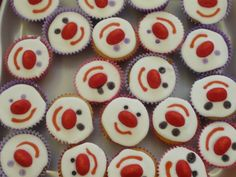 Cakes for Red Nose Day Red Nose Day Cakes, Cupcake Images, School Holidays, Bake Sale, Sweet Treats, Cooking Recipes, Cupcakes, Baking Ideas, Puddings