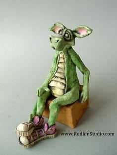 . Make A Dragon, Clay Dragon, How To Train Your Dragon, Dragon Tail, Paper Mache Clay, Clay Figurine, Fantasy World, Bjd, Enchanted