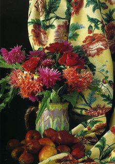 Ik ben gek op dahlia's. Heb ze zelf in heel veel kleuren. Ze vervelen me nooit !