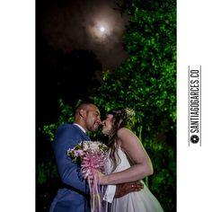 @santiagogarces.co #fotografía #social #groom #weddings  #lovestory #justmarried #love #weddingideas @angela__posada  #amor #love #fotosmatrimonio #matrimonio #santiagogarces.co #colombia #Fotografo #strobist #portrait Para ver mas visita Santiagogarces.co http://gelinshop.com/ipost/1523596167810658935/?code=BUk5qRrgDJ3