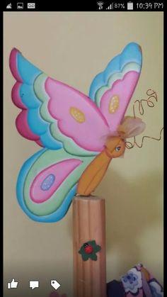 La mariposa del perchero