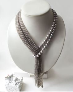 Tie with gray pearls and agate Tropical Rain от Miadivastyle