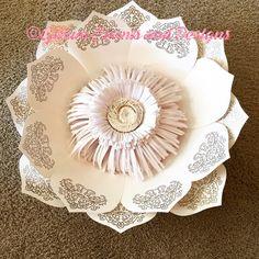 Beautiful metallic hand embossed petals! #paperflowers #paperflowerwall #partydecor #gillumeventsanddesigns