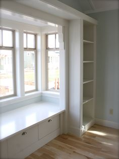 Small Bay Window Seating Built Ins Ideas Window Benches, Window Seats, Window Seat Cushions, Chair Cushions, Window Seat Storage, Muebles Living, Small Windows, Bay Windows, Small Places