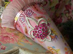 pretty pink tussie mussie