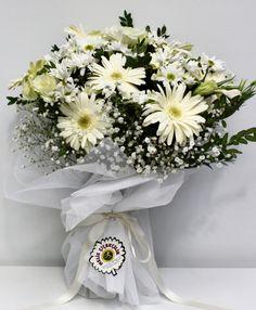 http://flowers.meliscicekcilik.com/UrunDetay.aspx?urunID=269&sipTur=2&bolgeId=0&katId=77