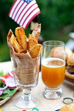 FOOD HOLIDAY -- October 27: National Potato Day & American Beer Day -- List of Food Holidays at http://wp.me/P2kH1i-1CU