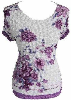 Lavender & White Floral Short Sleeve Popcorn Top Blouse Shirt New Popcorn Shirts, Body Types, Shirt Blouses, Looks Great, Lavender, Sleeve, Lace, Floral, Favorite Things