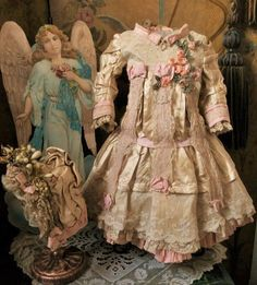 Most Beautiful French Silk Costume with Bonnet (item #1320181, detailed views)