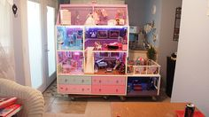 BARBIE HOUSE LIKE THE CAR STORAGE AND LRG PATIO AREA. USE BOTTOM FOR STORAGE INSTED OF STEPS
