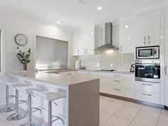 Another great white kitchen with a stunning Caesarstone benchtop. Classic White Kitchen, Quality Kitchens, Bespoke Kitchens, Kitchen Ideas, House, Furniture, Home Decor, Decoration Home, Home