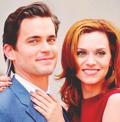 Matt Bomer and Hilarie Burton filming on location for 'White Collar' on the streets of Manhattan on June 2011 in New York City. White Collar Neal, White Collar Quotes, Matt Bomer White Collar, Neal Caffrey, Z Cam, Celebrity Dads, Celebrity Style, Most Beautiful Man, Beautiful People