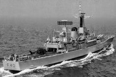HMS Sirius Leander Class after Exocet Conversion Royal Navy Frigates, Navy Day, British Armed Forces, Old Boats, Naval History, Flight Deck, Navy Ships, Submarines, Aircraft Carrier