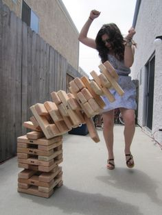 This looks easy to make. Make your own large Jenga boards to play outside with.