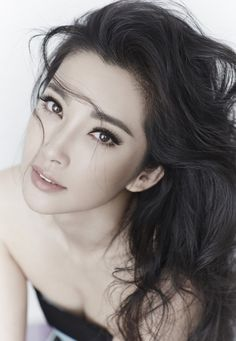 Li Bingbing | 李冰冰 | eyebrow inspiration | full natural brows  Share and enjoy! #asiandate