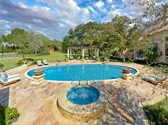 awesome 15 Swimming Pool Decks with Sensational Stone Pavers Swimming Pool Decks, Best Swimming, Swimming Pool Designs, Inground Pool Designs, Pool Landscape Design, Deck Design, Tropical Pool Landscaping, Landscaping Ideas, Backyard Pools