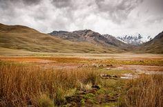 Parmi les plus beaux paysages du Pérou, voici l'altiplano et le glacier pastoruri au coeur de la cordillère blanche près de Huaraz. A rajouter à votre itinéraire de voyage au Pérou.