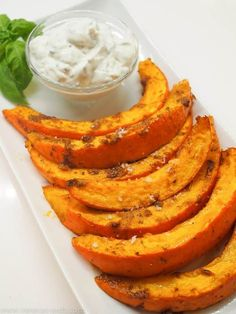 Calabaza al horno picante - Hauptgerichte - Vegan Pumpkin, Baked Pumpkin, Pumpkin Recipes, Vegetable Recipes, Vegetarian Recipes, Healthy Recipes, Zucchini In The Oven, Paleo Meal Plan, Vegan Appetizers