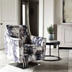 With an eye-catching velvet upholstery in a mixture of fossil, copper and platinum tones, the Islington swivel is sure to have lasting appeal.