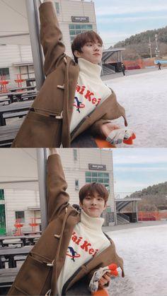 hes literally the definition of Baby im sobbing Asian Babies, Asian Boys, Changmin The Boyz, Chang Min, Never Fall In Love, Eric Nam, Aesthetic Boy, Your Boyfriend, Kpop Boy