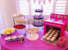 {Amy & Grant}: Baby Shower: Bun in the Oven Theme