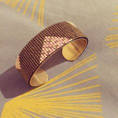 #DIY #doityourself #bracelet #manchette #bijou #bijoux #perlesderocaille #perlesdemiyuki #paris #instabijoux #jenfiledesperles #la_chouette_en_baskets #jewel #jewelry #creatricedebijoux #faitmains #handmade