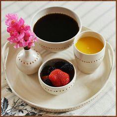 صباح السعادة واﻷمل  #صباح_الخير #سعادة #تفاؤل #دنيا_امرأة #كويت #كويتيات #كويتي #بحرين #دبي #الإمارات #سعوديه #سعوديات #kuwait #kuwaiti #kuwaitcity #kuwaitinstagram #saudi #saudiarabia #uae #good_morning #coffee #coffeetime #coffeelovers #coffeeaddict