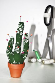 Cactus pin cushion = super cute!!! And easy to make. #sew #pincushion #cactus…