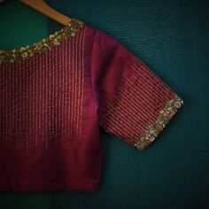 New embroidery blouse indian wedding dresses ideas Pattu Saree Blouse Designs, Blouse Designs Silk, Bridal Blouse Designs, Blouse Patterns, Pattern Blouses For Sarees, Simple Blouse Designs, Stylish Blouse Design, Blouse Simple, Cochin
