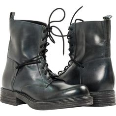 "PAOLO IANTORNO Erin Dark Green ""Verde"" Leather Combat Boots ($279) ❤ liked on Polyvore featuring shoes, boots, ankle booties, sapatos, botas, green, green leather boots, leather combat boots, leather booties and army boots"